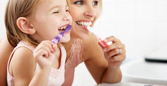 Jak utrzymać zdrowie zębów dziecka?