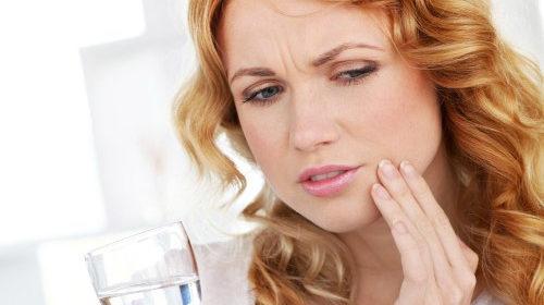 Torbiel zębowa: przyczyny, leczenie, zagrożenia