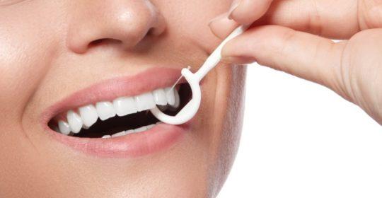 Flosser – łatwiejsze nitkowanie zębów