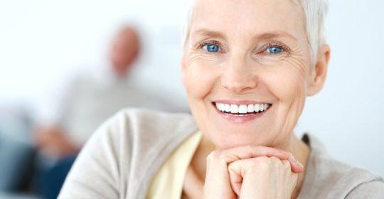Kilka mitów na temat pielęgnacji zębów u osób starszych
