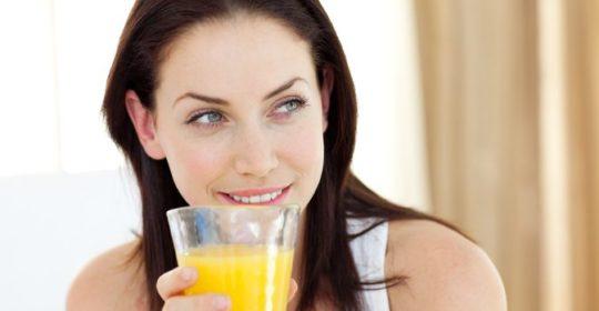 Kwaśne napoje wrogiem zdrowych zębów?