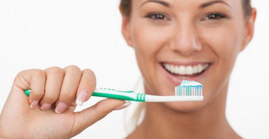 Jak działają wybielające pasty do zębów?