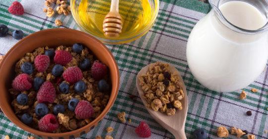 Cukier czai się w pozornie zdrowej żywności – nie daj się oszukać!