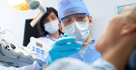 COVID-19 – praca lekarza dentysty podczas pandemii
